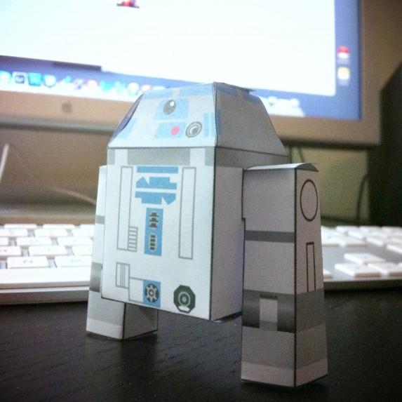 R2D2 Cubeecraft